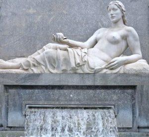 Attività all'aria aperta Dora Riparia statua Torino